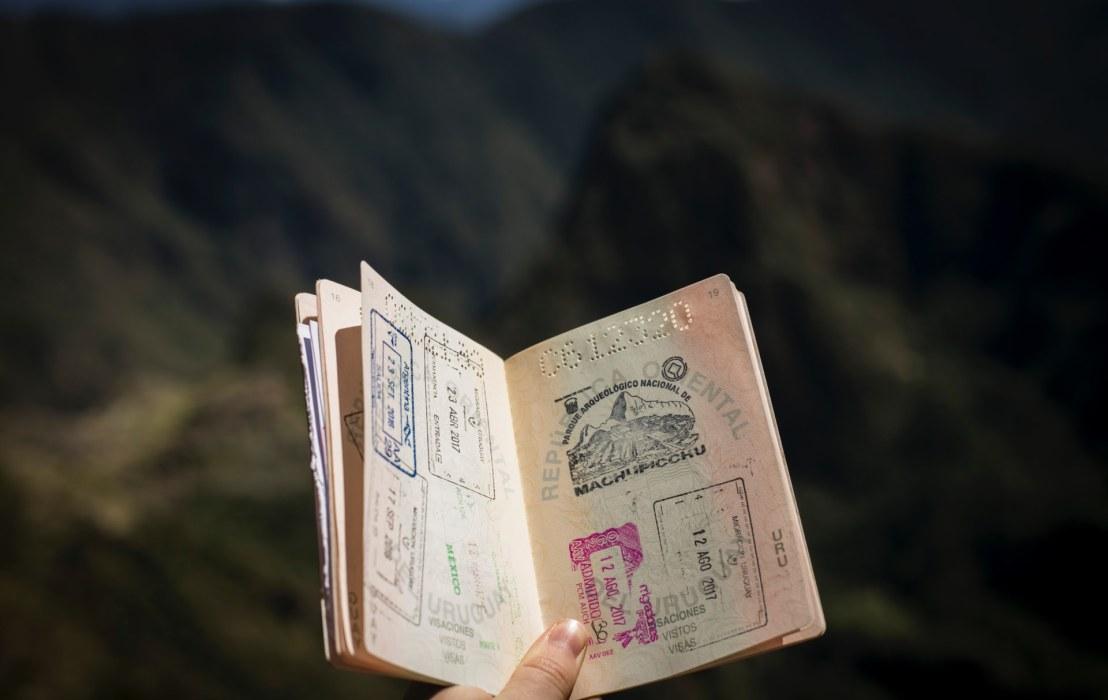 Giới trẻ với niềm đam mê du lịch nước ngoài tự túc