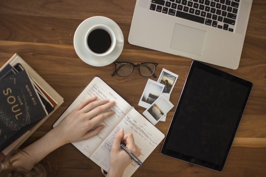 Kiến thức cần có khi kinh doanh online