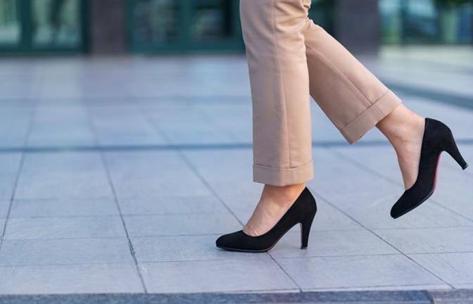Nàng công sở không thể thiếu giày mũi nhọn