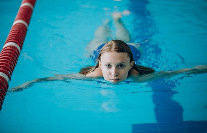 Luyện tập hơi thở và động tác khi bơi lội